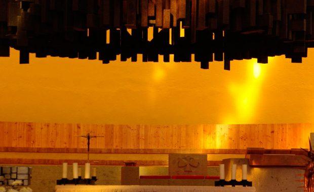 Configuración de audio en la Parroquia de Santa Cruz del Pedregal.